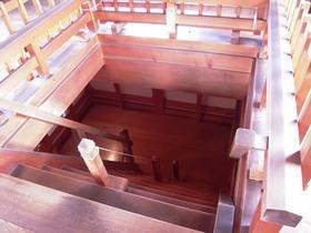白石城階段.jpg